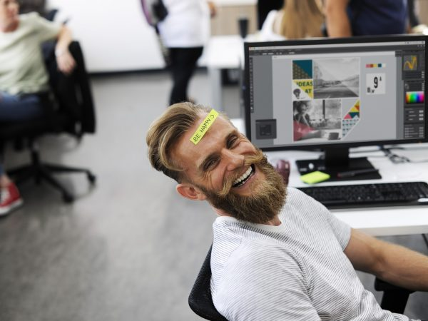 8 Effective Habits That Will Make You Happier at the Office